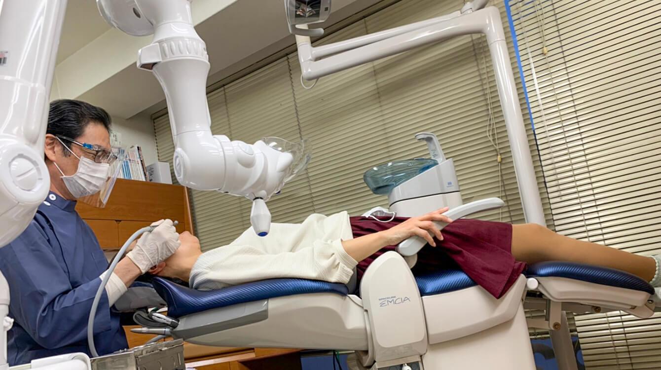 前田歯科医院の院内 治療風景